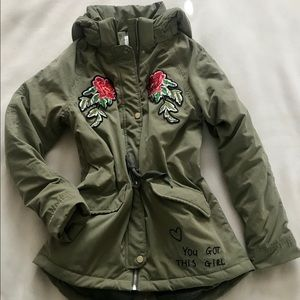 H&M's New Army Green Girls Coat Size 12/13 Y